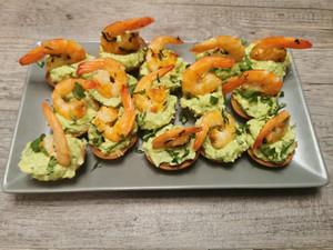 Tartelettes festives guacamole crevettes