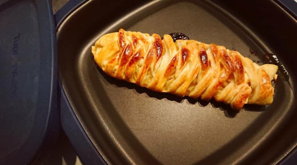 Tresse feuilletee aux pommes dans le micro pro grill tupperware
