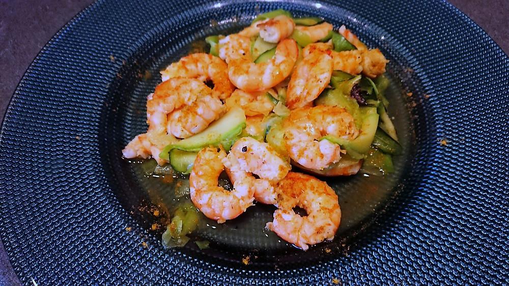 Crevettes et tagliatelles de courgettes au gingembre et curry au micro pro grill Tupperware