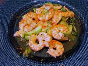 Recette légère des crevettes et tagliatelles de courgettes aux épices