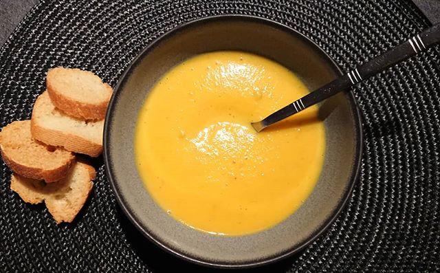 Soupe d'automne potiron carottes