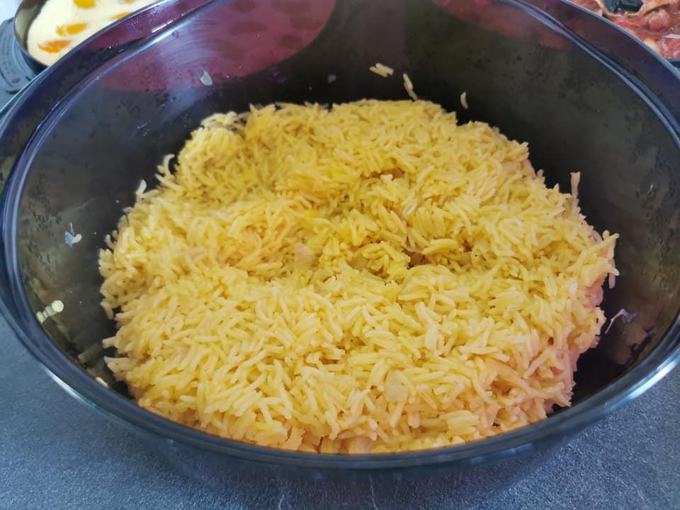 riz au safran dans la cocotte micro 3 Tupperware
