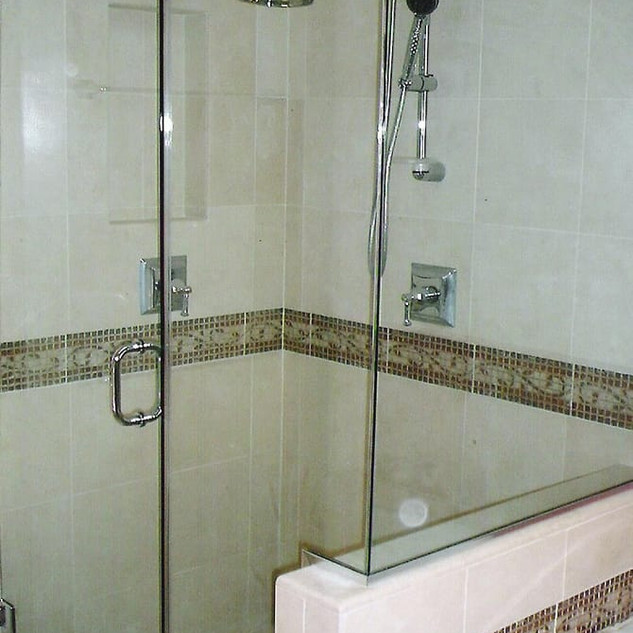 90 degree shower enclosures