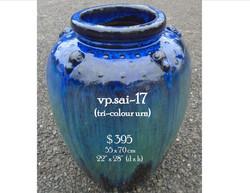 vp.sai-17  tri-colour urn