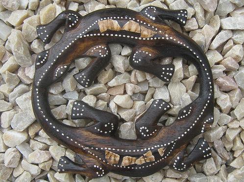 inwp-34938c - crackle finish circle geckos plaque