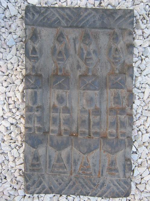 GHWS-142  -  Antique Dogon board
