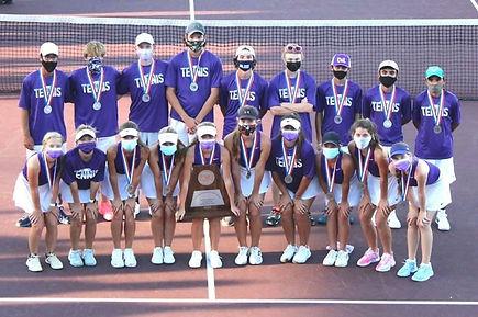 Varsity Tennis Team 20-21.jpg