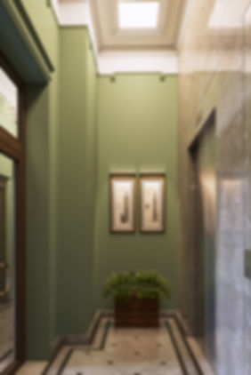 лифтовый холл ЖК, визуализация лифтового холл, лифтовый холл в классическом стиле