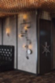 Фрагмент с декором в пабе