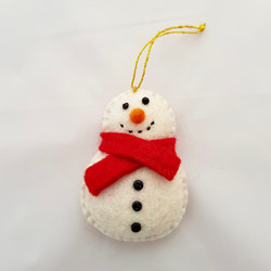 Snowman tree hanging   £4.00