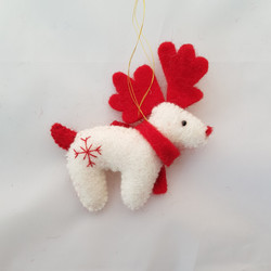 Reindeer tree hanging   £5.00