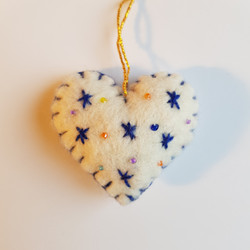 White / blue heart hanging   £3.00