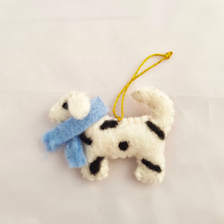 Spotty dog hanging   £4.50