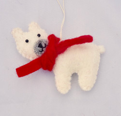 Polar bear tree hanging    £5.00