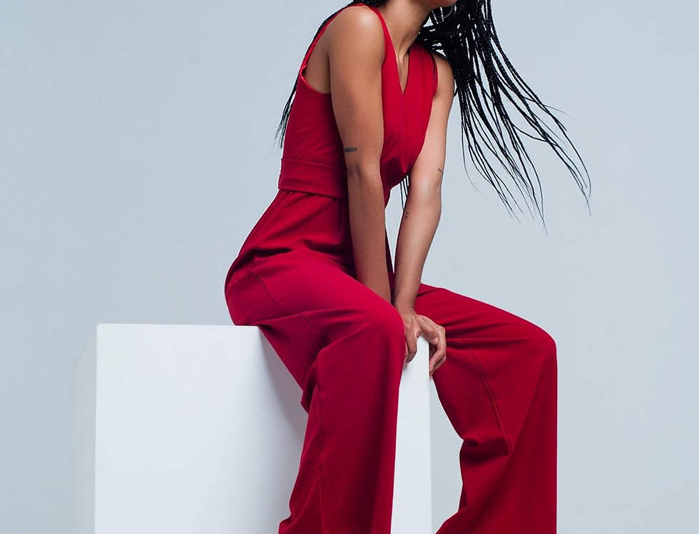 Red Sleeveless Jumpsuit With a Belt