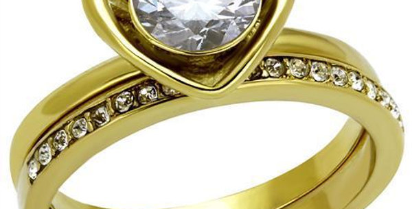 TK2295 IP Gold(Ion Plating) Stainless Steel Ring With AAA Grade CZ in Clear