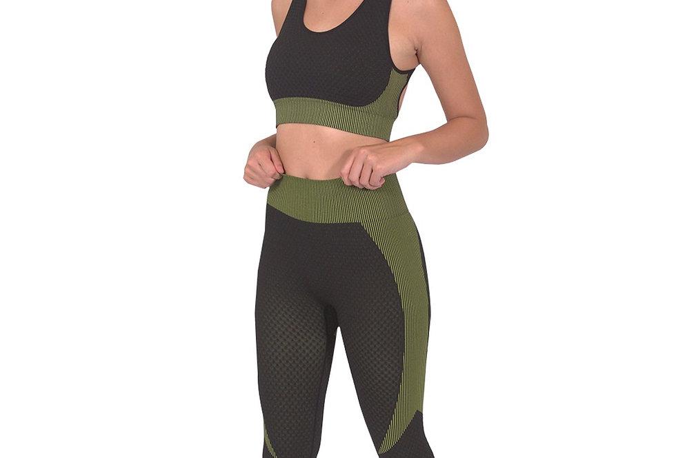 Trois Seamless Leggings & Sports Top 2 Set - Black With Green