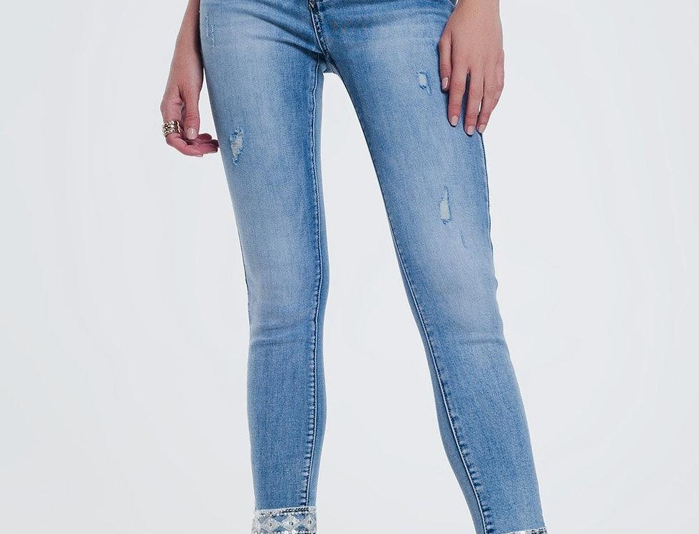Frayed Hem Super Skinny Jeans