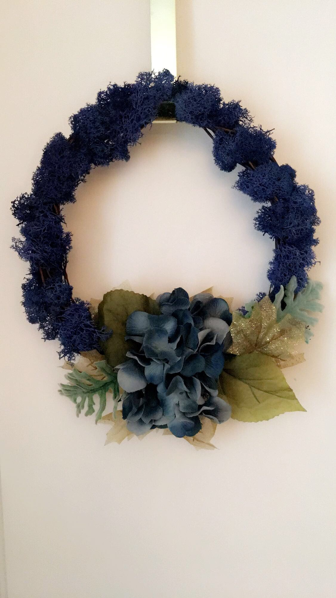 Small Hydrangea and Blue Moss Wreath