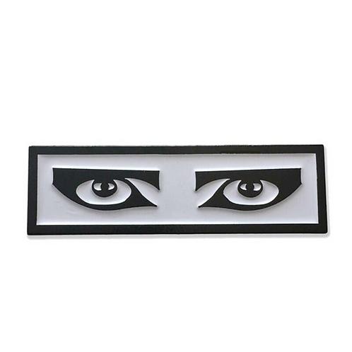 Siouxsie Sioux eyes pin