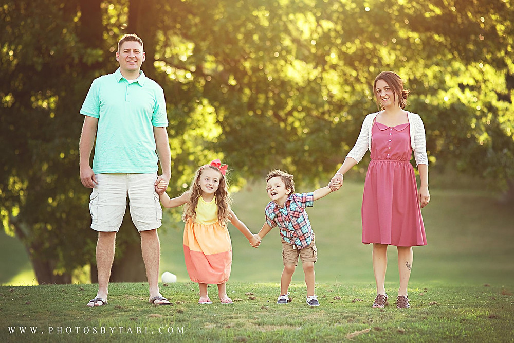 Family photo session in Greensburg, PA