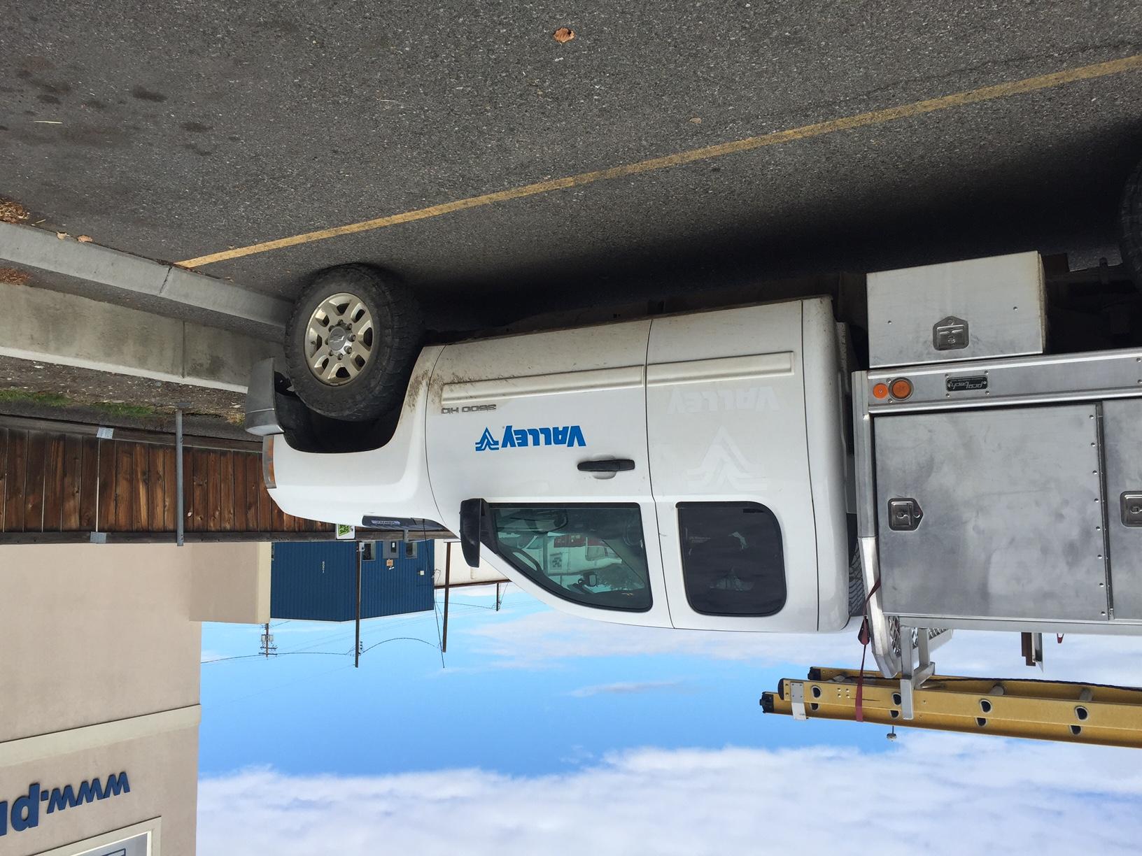 Valmont Servide truck PS.JPG