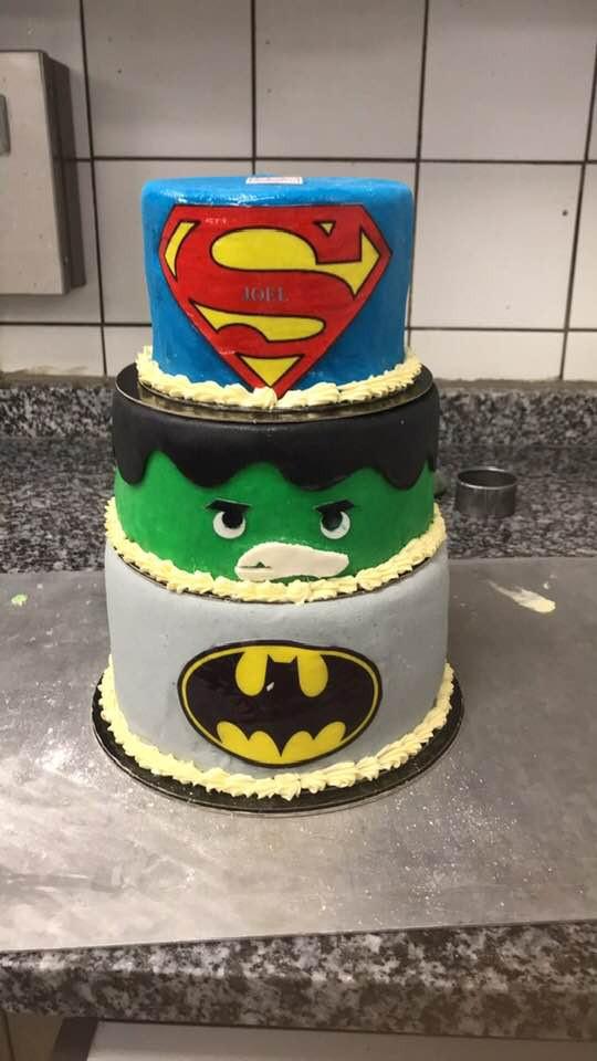Gâteau super-héros Lyon