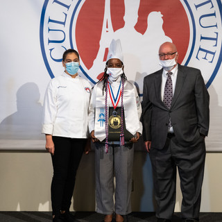 Cryastal Wallace - Silver, Magna Cum Laude - ELITE DIPLOME IN BAKING & PASTRY ARTS
