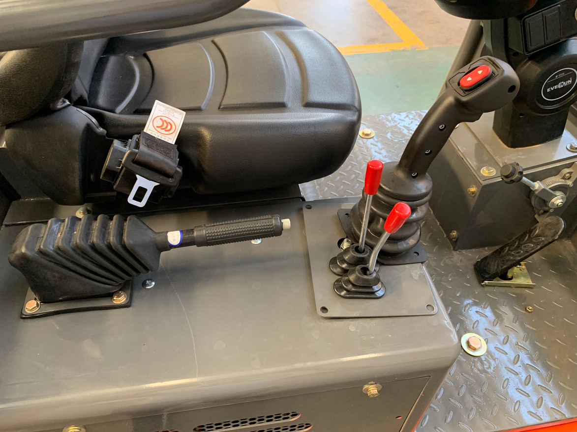 L+ wheeled loader