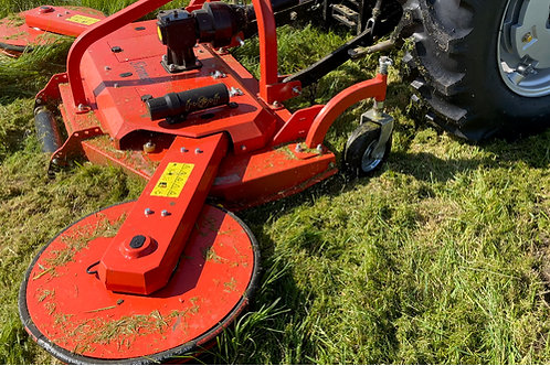 Finishing Mower with Side Arms