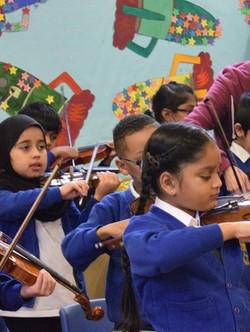 Y2 violin group