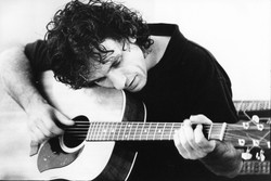 Ian Moss acoustic