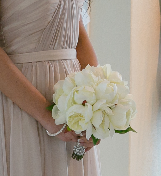 Ivory Bridemaid Bouquet