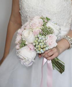 Rachel's Rose & Berry Bouquet