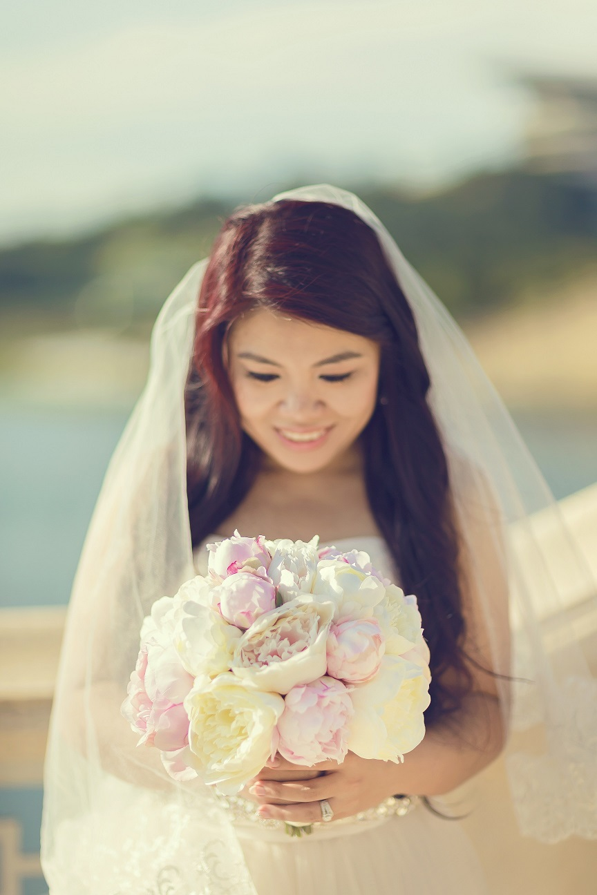 Gorgeous Bride Zoe