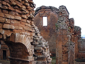 ruinas jesuiticas paraguay.jpg