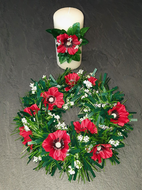 RED, WHITE & GREEN TABLE CENTRE PIECE No.4