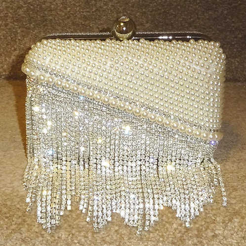 Stunning Rhnestone crystal & pearl Hard cased bag with chain 88990