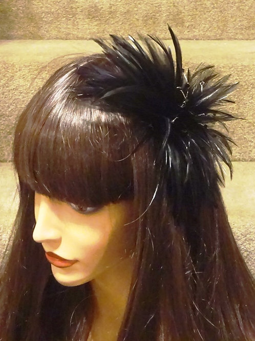 Black Feather Fascinator comb with crystal beading 909666
