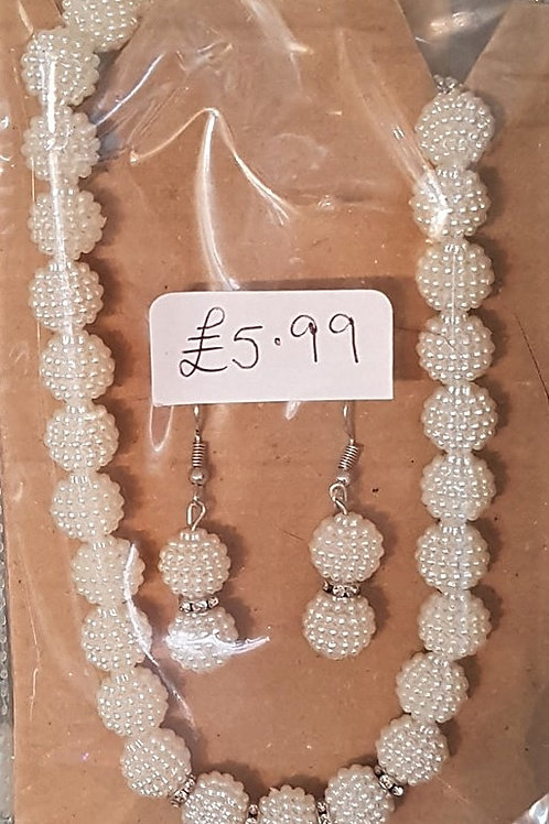 Ivory pearlescent Beaded Necklace & Earring set