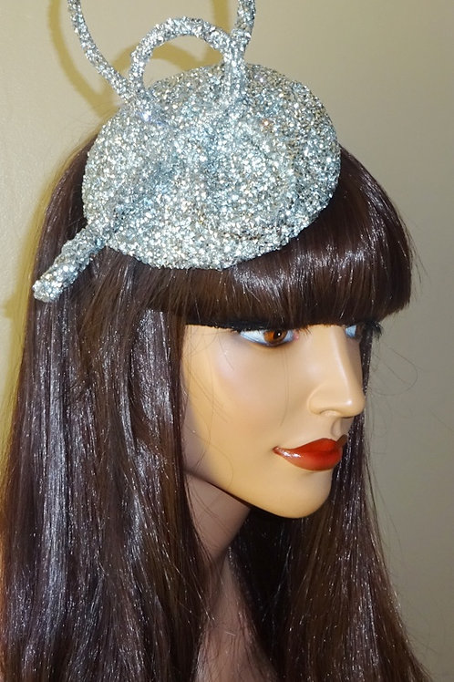 Silver sparkly Crystal Hat mounted on to a thin silver band 578451