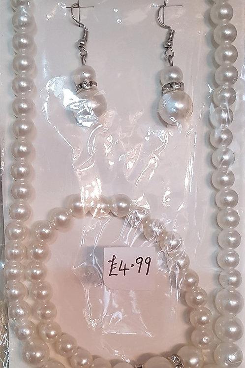 Pearl Necklace, Bracelet & Earrings set