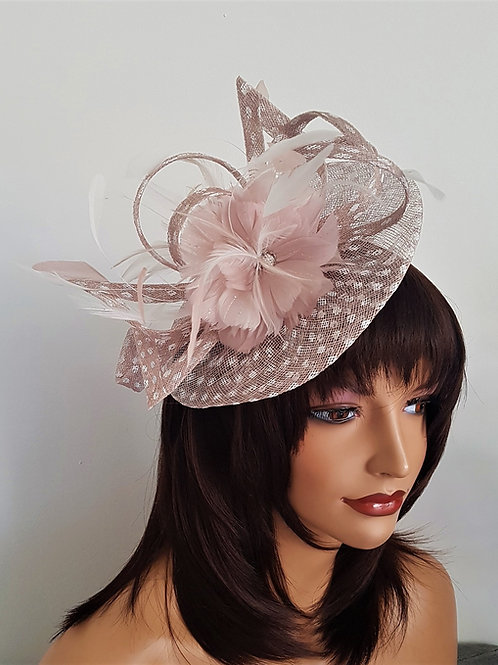 Nude & off White Fascinator Hat on a band 5595995