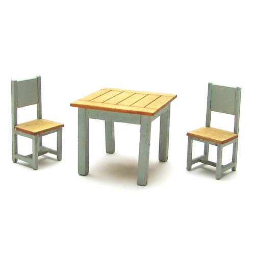 1/48th Scale Table & Two Chairs Kit