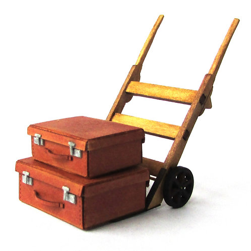 1/24th Scale Sack Trolley & Two Suitcases Kit