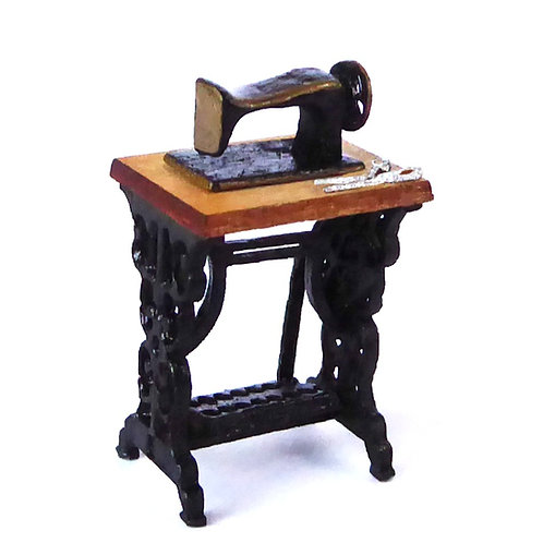 1/48th Scale Treadle Table & Sewing Machine Kit