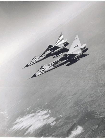 F102_06.jpg