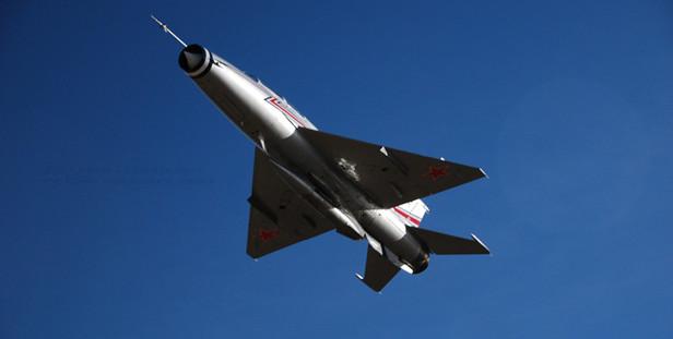 Reno2010_MiG212EricWittler.jpeg