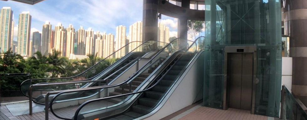 灝景灣屋苑內電梯