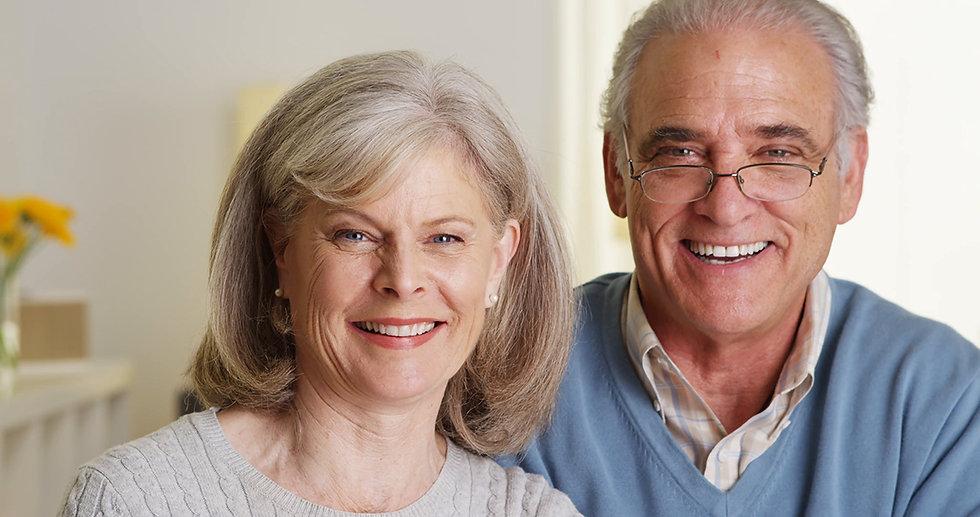 happy-senior-couple-smiling_nyyf_sugx__F